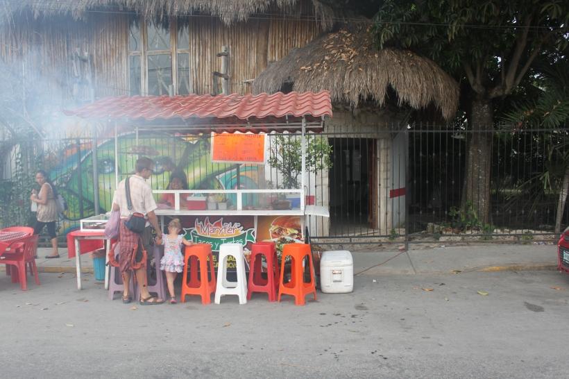 Cuidado!  Tortas in Tulum